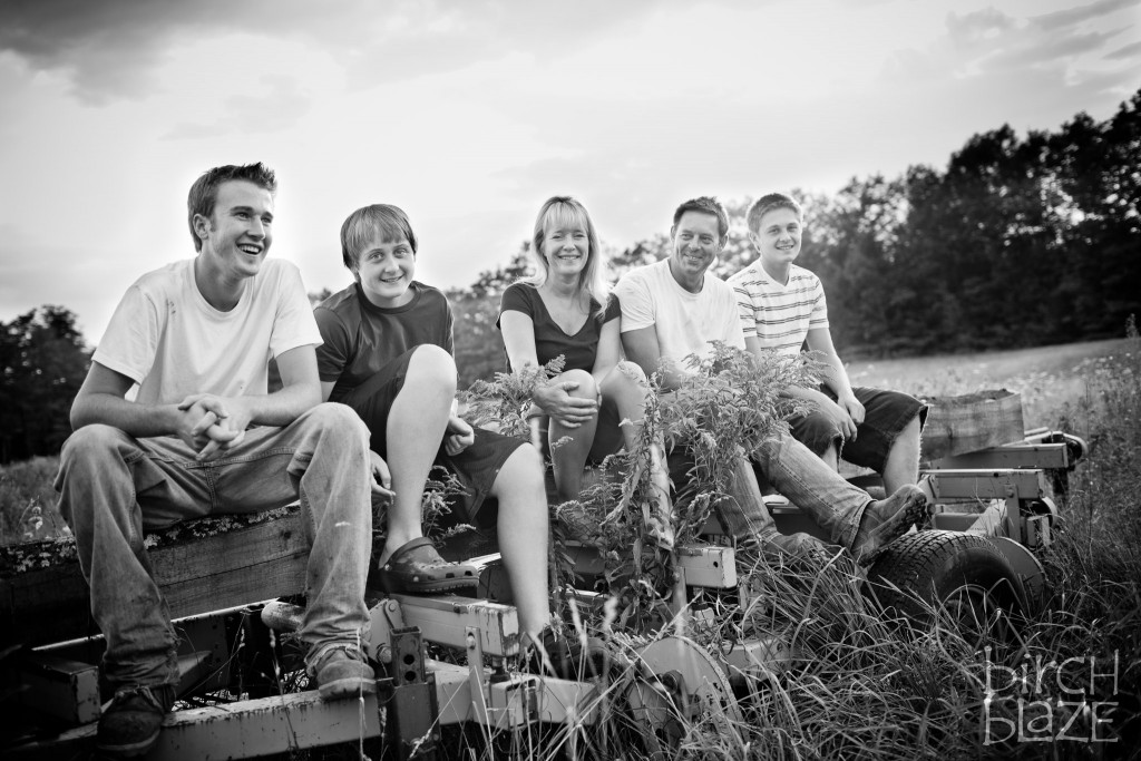 Family time on an NH farm, farm life. New Hampshire Family Photographers - Birch Blaze Studios